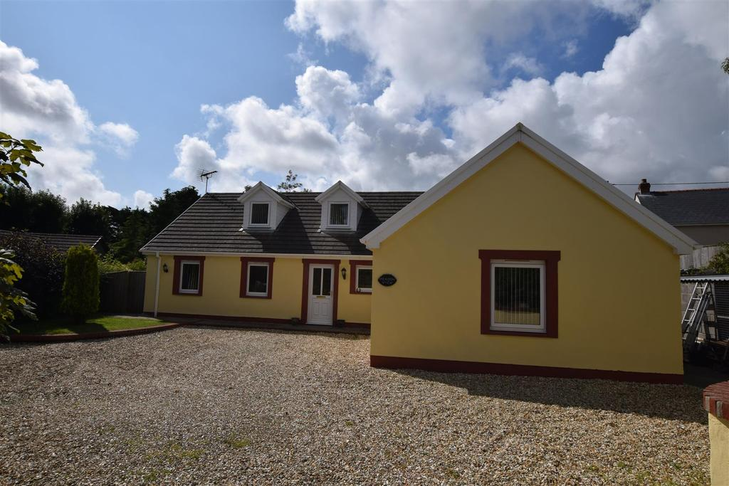 4 Bedrooms Detached Bungalow for sale in Freystrop, Haverfordwest