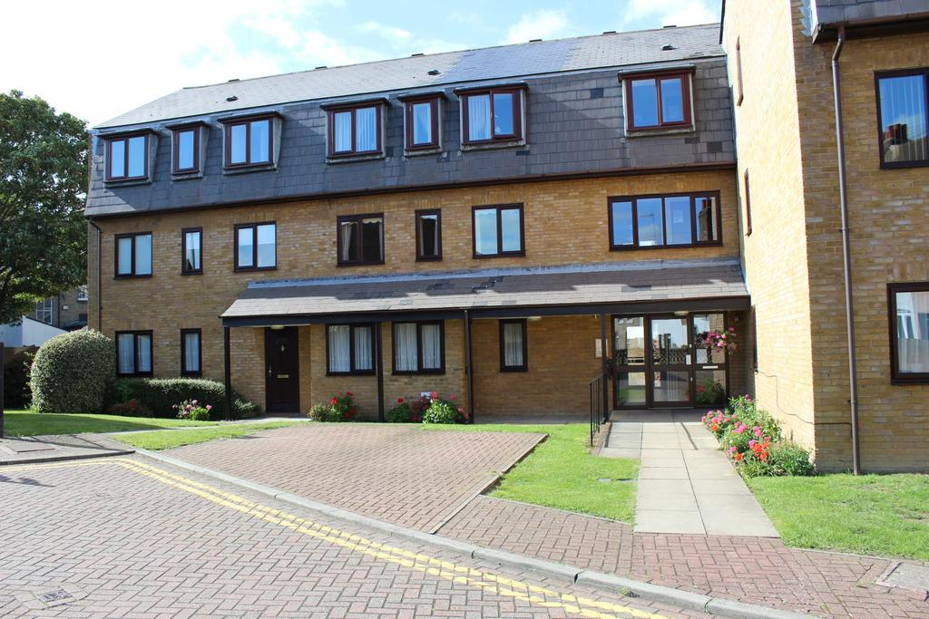 2 Bedrooms Retirement Property for sale in Pilots Place, Gravesend DA12
