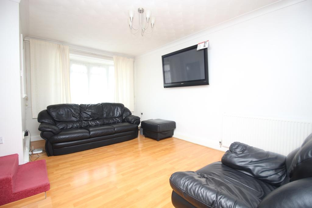 2 Bedrooms Terraced House for sale in Leycroft Gardens Erith DA8