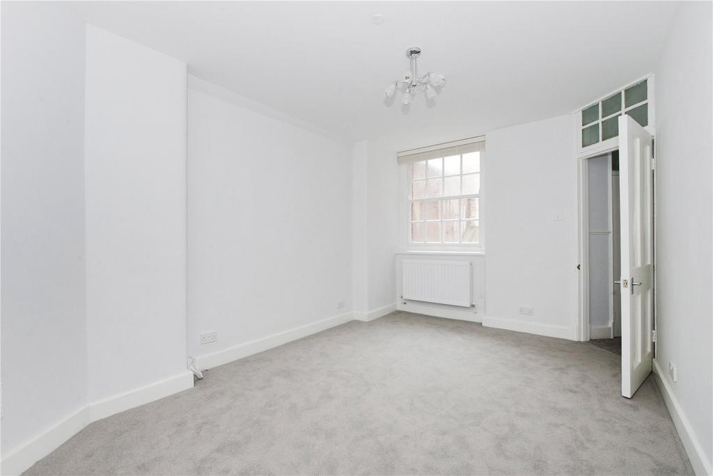 2 Bedrooms Flat for rent in Knollys House, 39 Tavistock Place, London