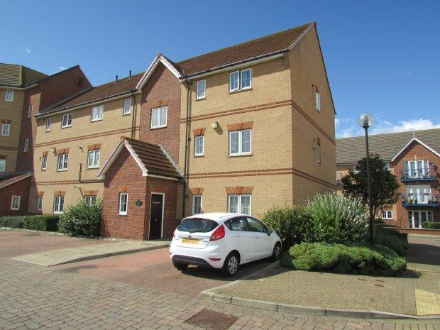 2 Bedrooms Flat for sale in BREAKWATER HOUSE, MARINA, HARTLEPOOL