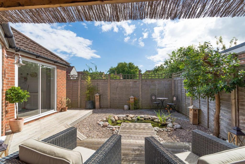 3 Bedrooms Detached House for sale in Fellbrook Avenue, Off Beckfield Lane, York