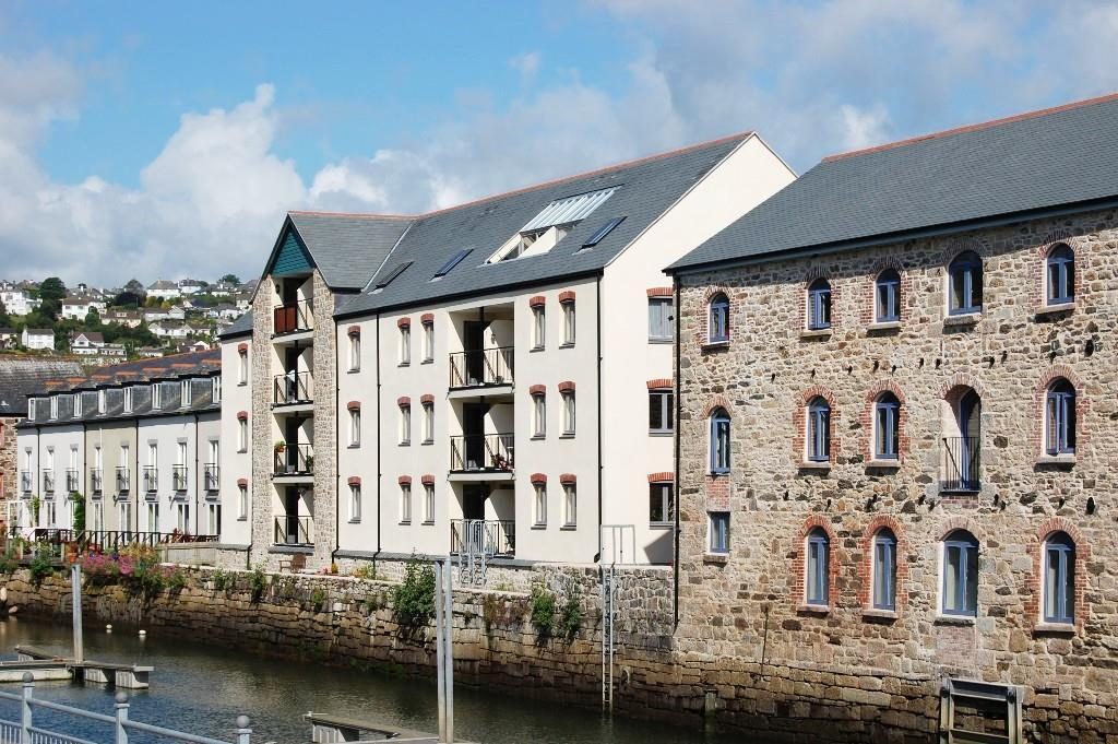 1 Bedroom Apartment Flat for sale in Tresooth Court, Anchor Quay, Penryn