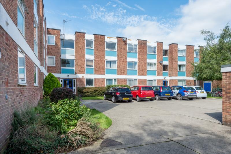 2 Bedrooms Apartment Flat for sale in West Court, West Street, Oxford, Oxfordshire