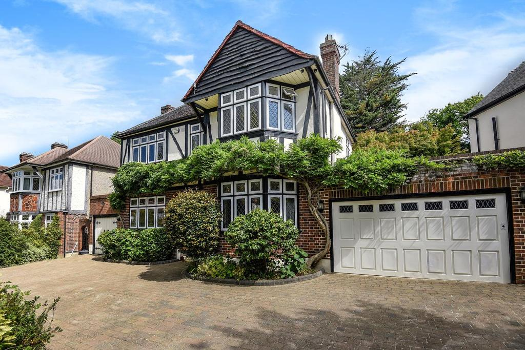 4 Bedrooms Detached House for sale in Copse Avenue, West Wickham