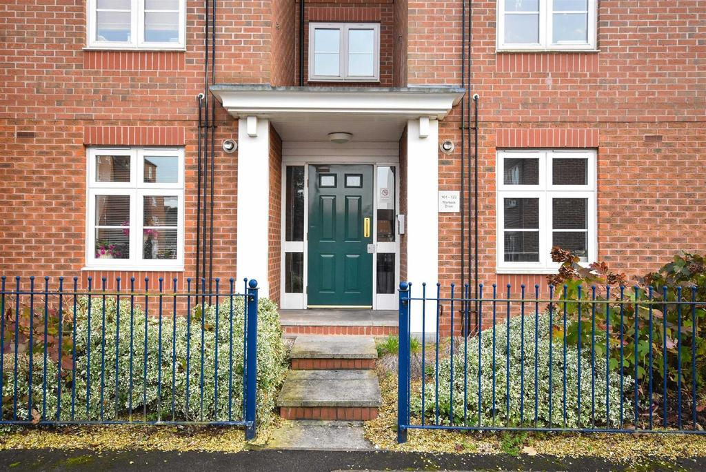 2 Bedrooms Apartment Flat for sale in Wenlock Drive, West Bridgford, Nottingham