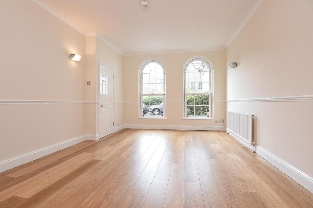 3 Bedrooms Terraced House for sale in Helena Square, Surrey Quays