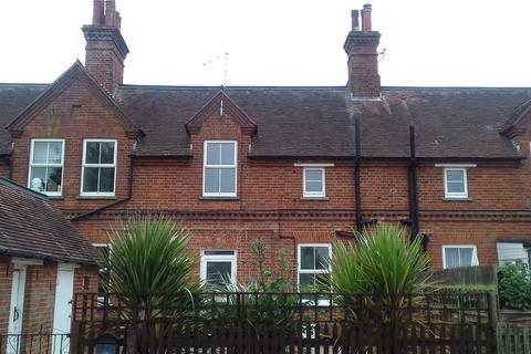 3 bedroom terraced house to rent - Speedwell, Woburn, Milton Keynes, Bedfordshire, MK17