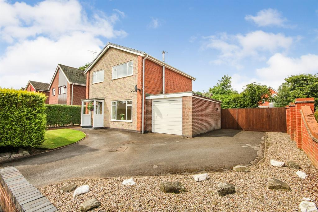 3 Bedrooms Detached House for sale in Hall Road, Uttoxeter, Staffordshire