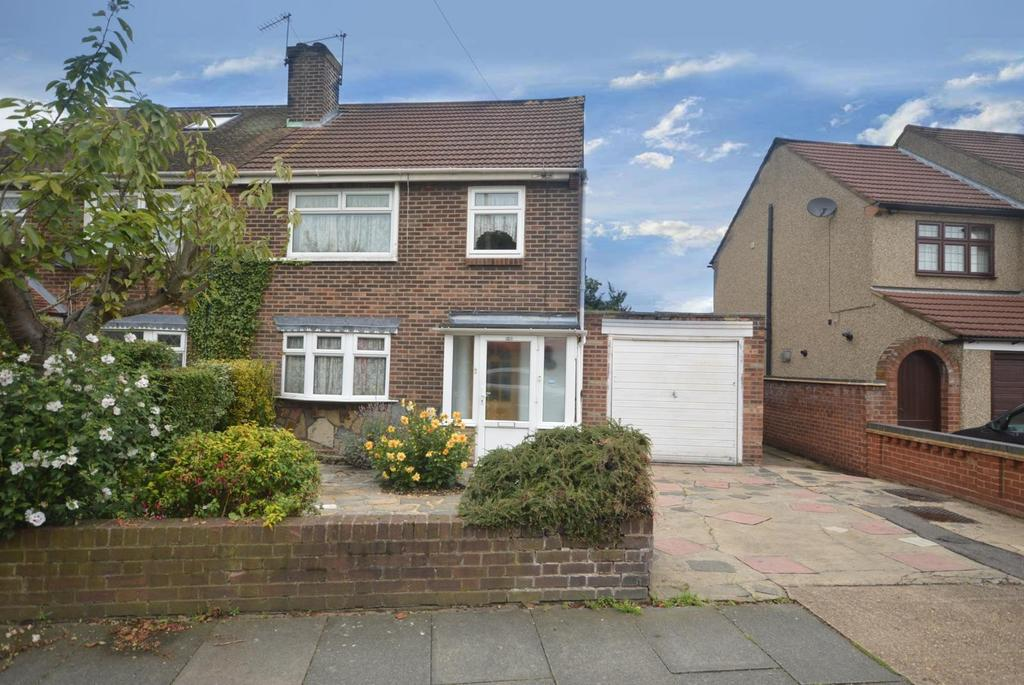 3 Bedrooms Semi Detached House for sale in Rosewood Avenue, Elm Park, Hornchurch, Essex, RM12