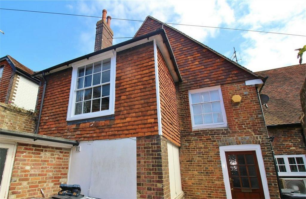 2 Bedrooms Ground Maisonette Flat for sale in 89a High Street, Uckfield, East Sussex