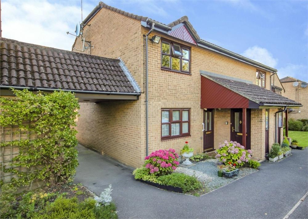1 Bedroom Retirement Property for sale in Beechcroft Court, Crowthorne Road, Bracknell, Berkshire