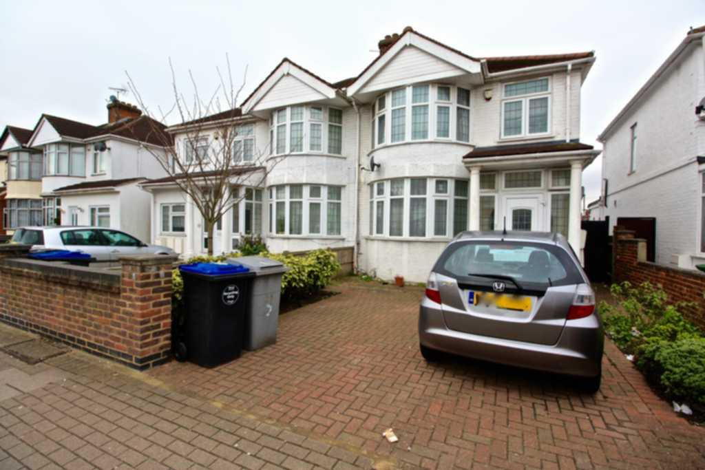5 Bedrooms House for sale in Berkeley Road, Kingsbury, NW9