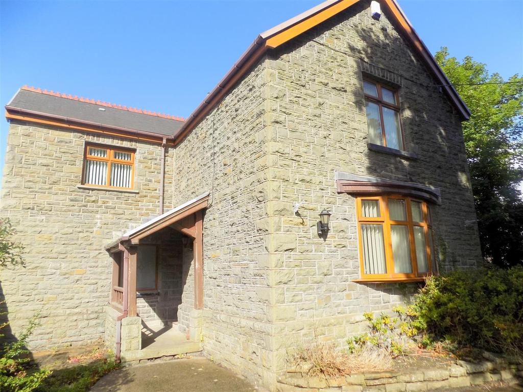 3 Bedrooms House for sale in Ynysymaerdy Road, Neath