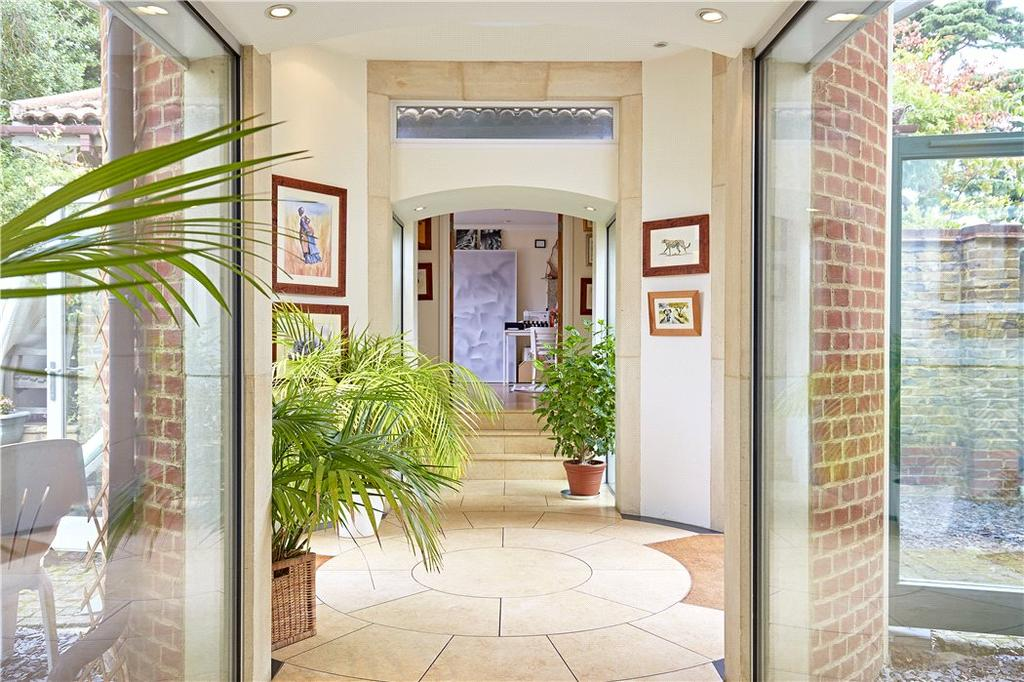 5 Bedrooms Detached House for sale in High Cedar Drive, Wimbledon, London, SW20