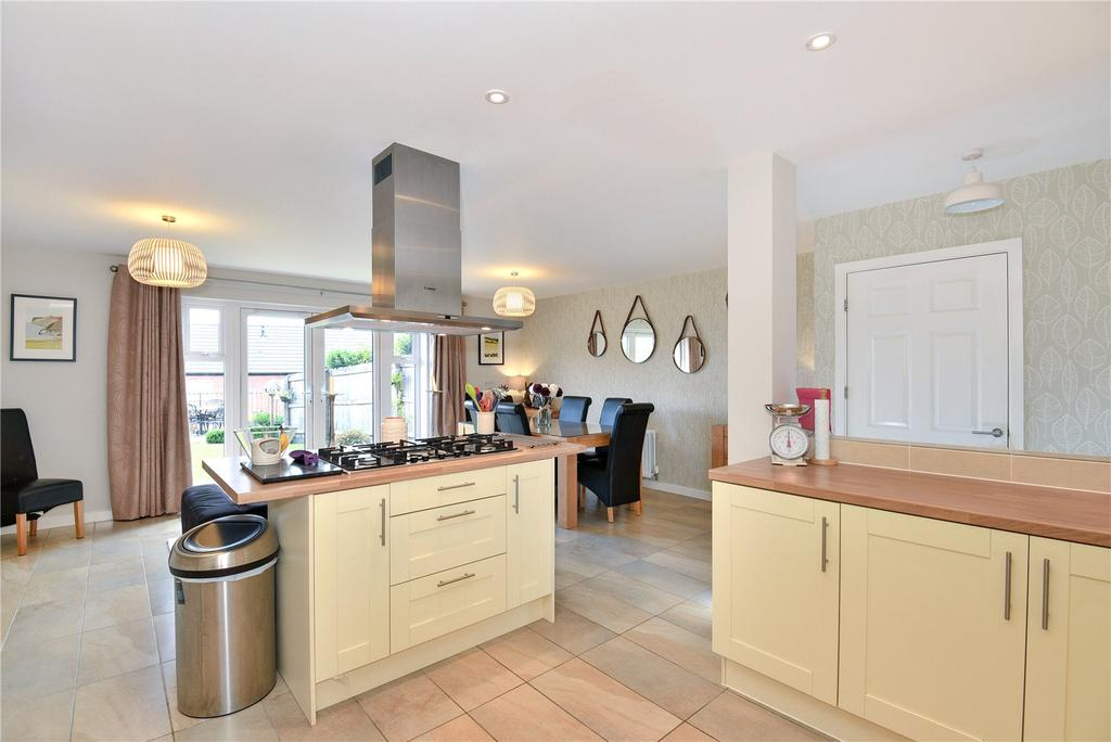 4 Bedrooms Terraced House for sale in Chopping Knife Lane, Marlborough, Wiltshire