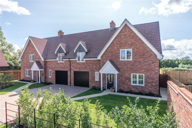 3 Bedrooms Semi Detached House for sale in Gills Hill, Bourn, Cambridgeshire