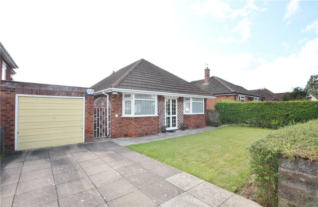 3 Bedrooms Detached Bungalow for sale in Elizabeth Avenue, Worcester, Worcestershire, WR3