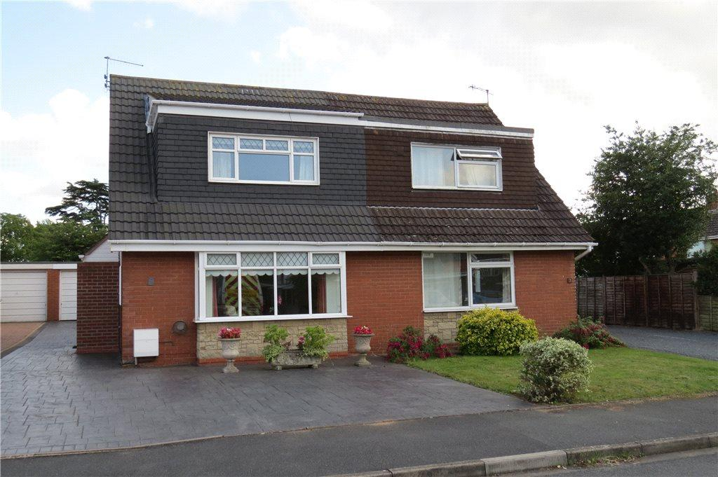 2 Bedrooms Semi Detached House for sale in Halifax Drive, Worcester, Worcestershire, WR2
