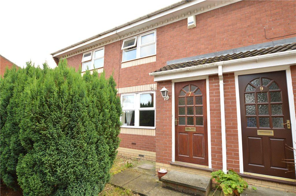 3 Bedrooms Town House for sale in Laneside Fold, Churwell, Leeds