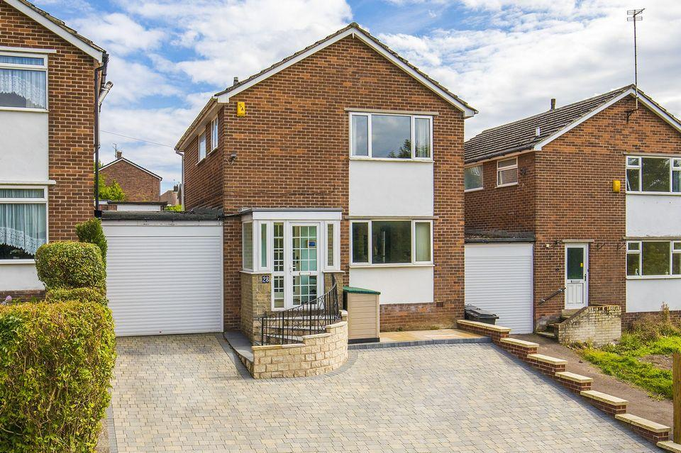 3 Bedrooms Detached House for sale in 28 Chancet Wood Drive, Chancet Wood, Sheffield S8