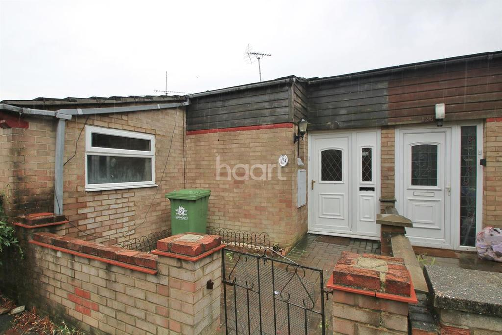 4 Bedrooms Bungalow for sale in Basildon