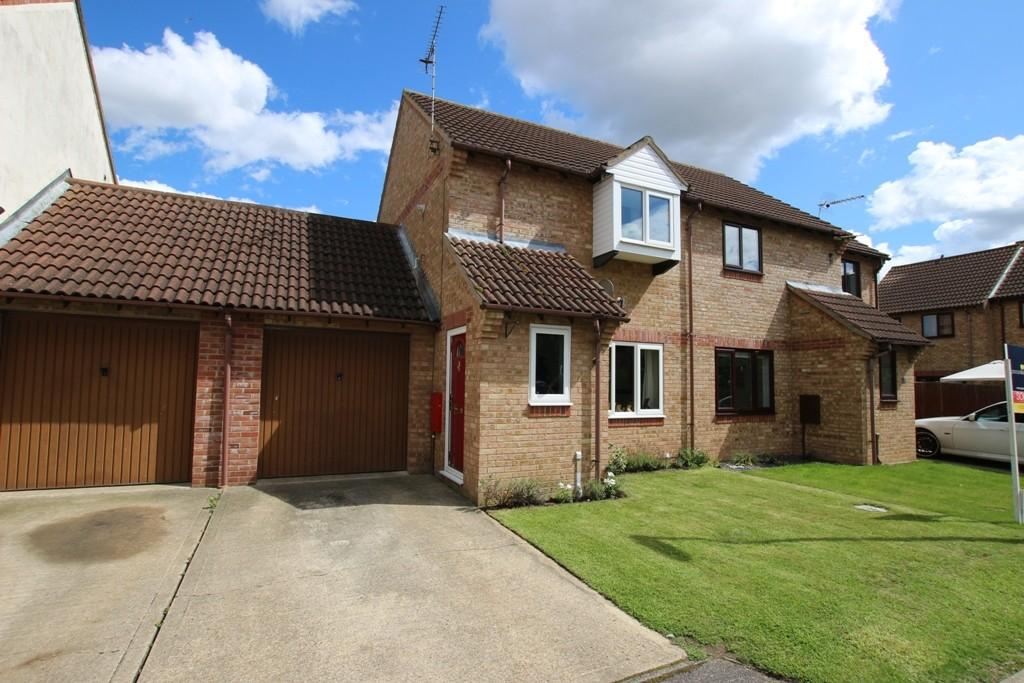 2 Bedrooms Semi Detached House for sale in Kingsmead Court, Littleport