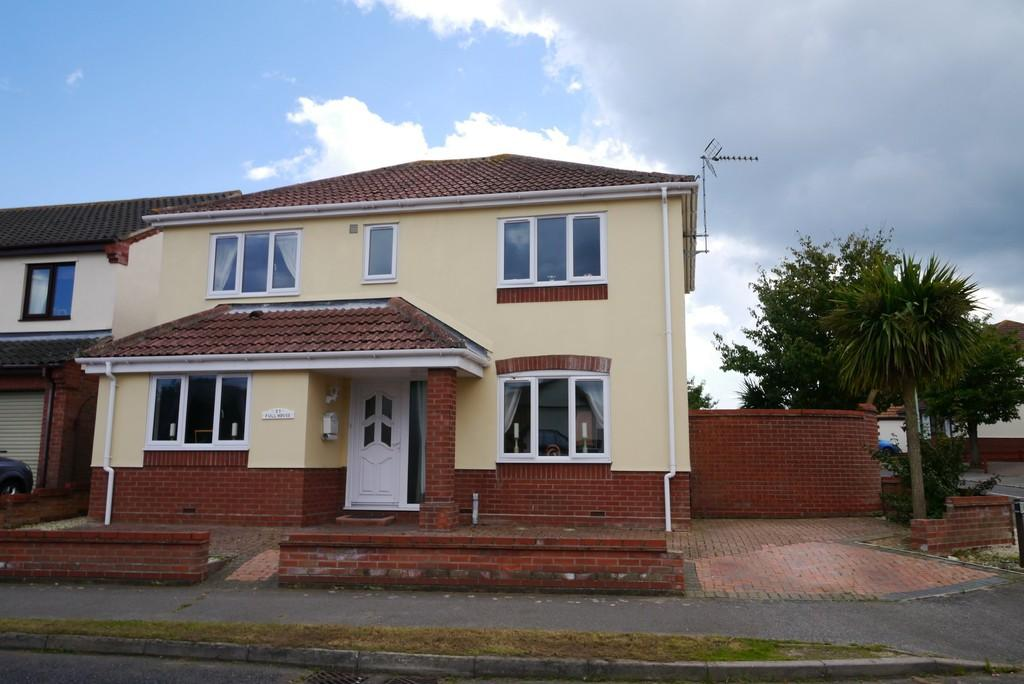 4 Bedrooms Detached House for sale in Colsterdale, Carlton Colville, Lowestoft