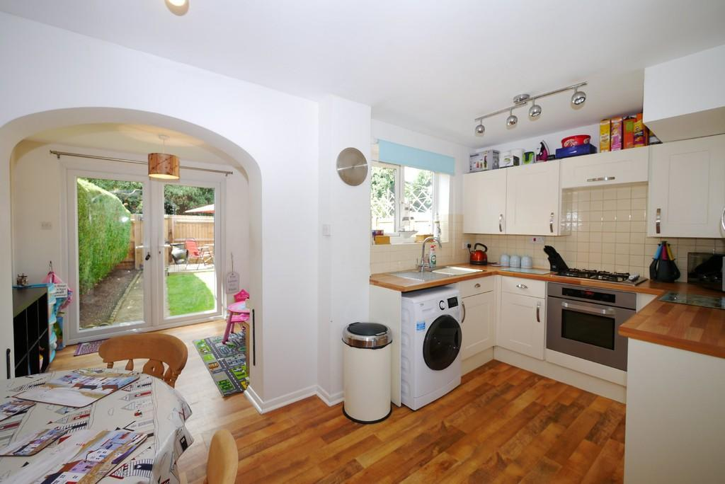 2 Bedrooms Terraced House for sale in Catchpole Close, Kessingland, Lowestoft