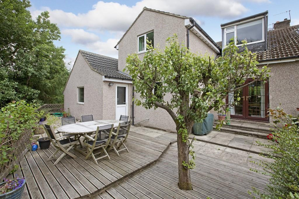 4 Bedrooms Semi Detached House for sale in Springfield Avenue, Ilkley