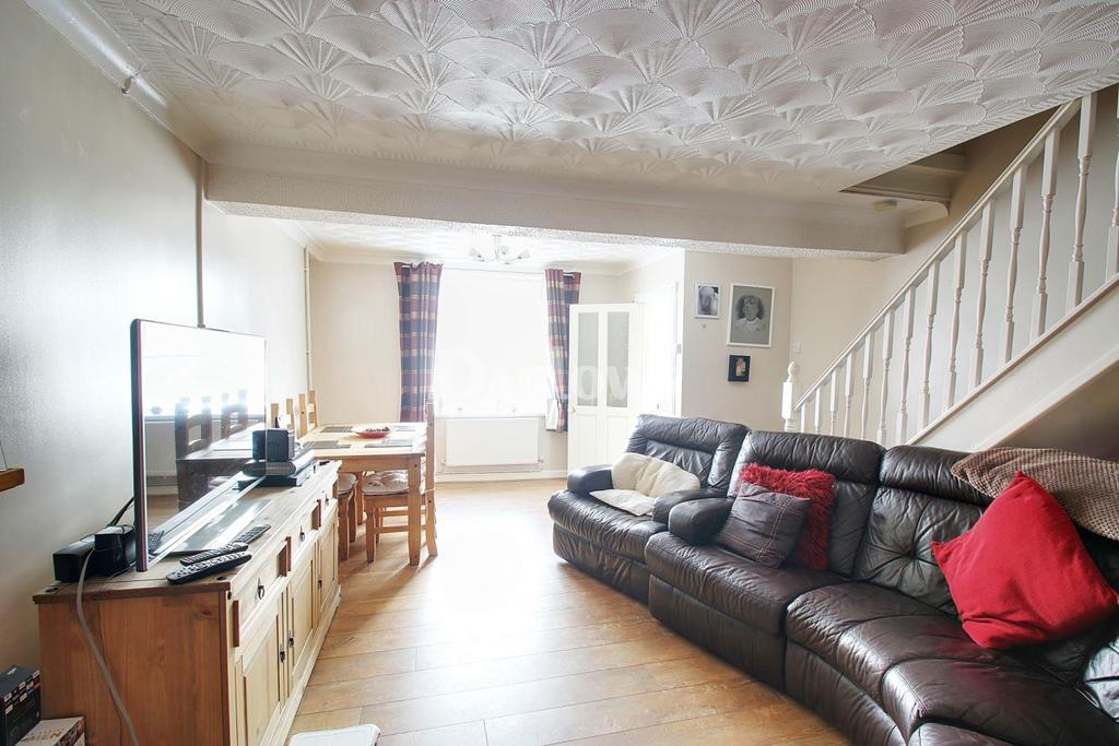 2 Bedrooms Terraced House for sale in Greenfield Terrace Penydarren