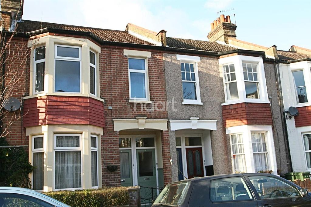 3 Bedrooms Flat for sale in Waldron Road, Earlsfield, SW18