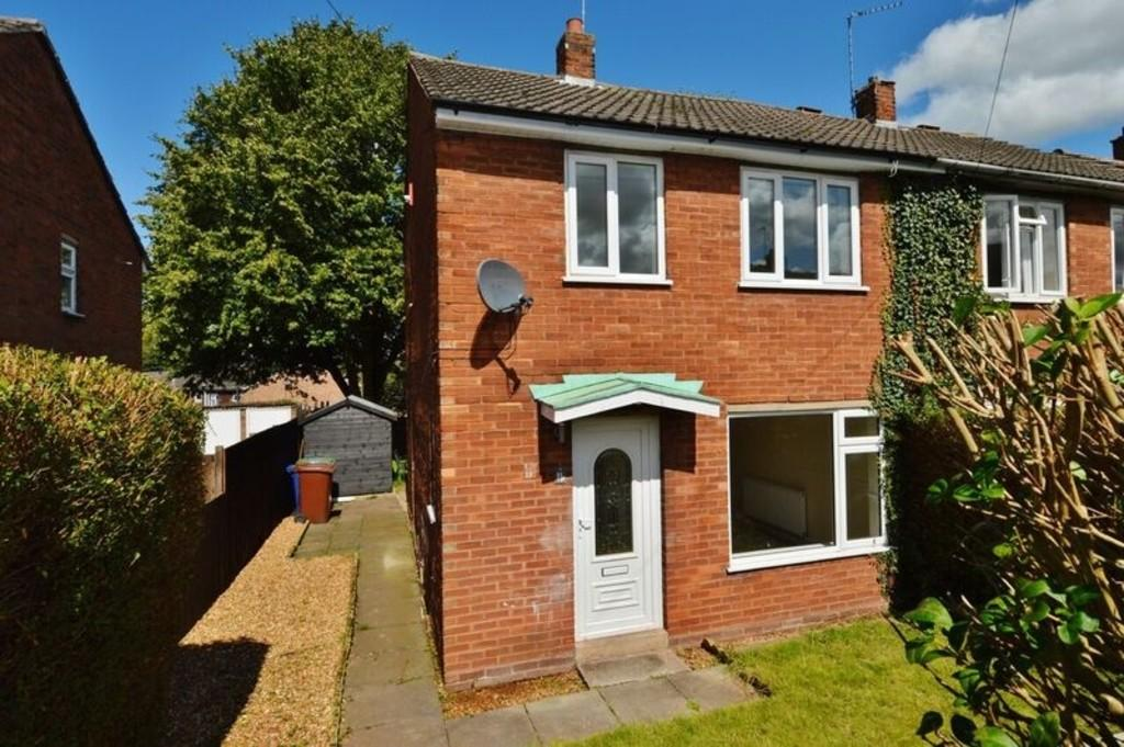2 Bedrooms Semi Detached House for sale in Yew Tree Road, Brereton