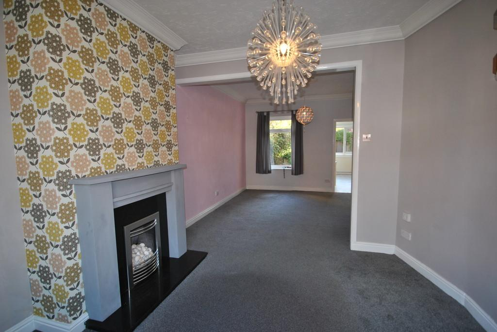 2 Bedrooms Terraced House for sale in Washington Grove, Bentley, Doncaster