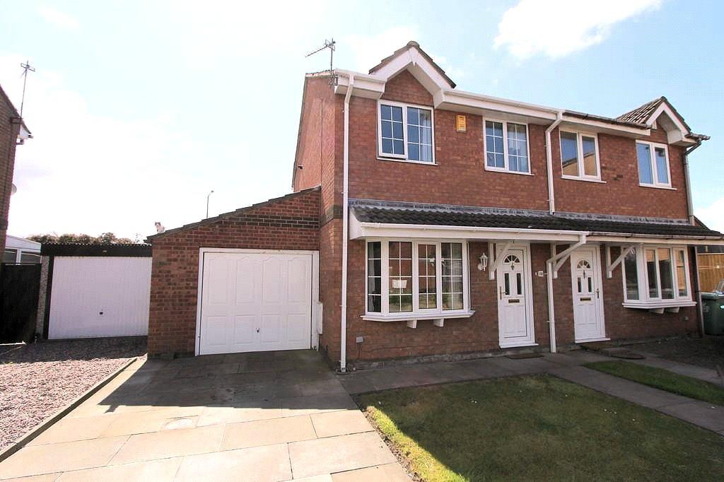 3 Bedrooms Semi Detached House for sale in Curlew Close, Thornton-Cleveleys, Blackpool