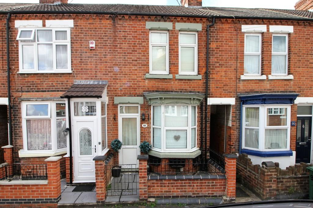 3 Bedrooms Terraced House for sale in Howard Street, Loughborough