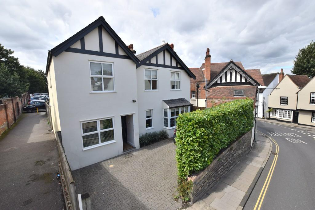 4 Bedrooms Detached House for sale in West Stockwell Street, Colchester CO1 1HE