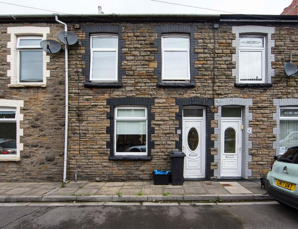 3 Bedrooms Terraced House for sale in Victoria Street, Merthyr Vale, CF48 4SE