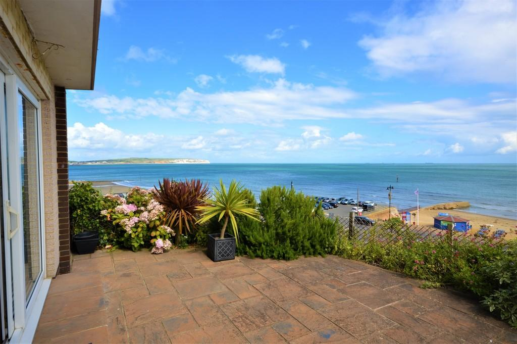 2 Bedrooms Ground Flat for sale in Hope Road, Shanklin