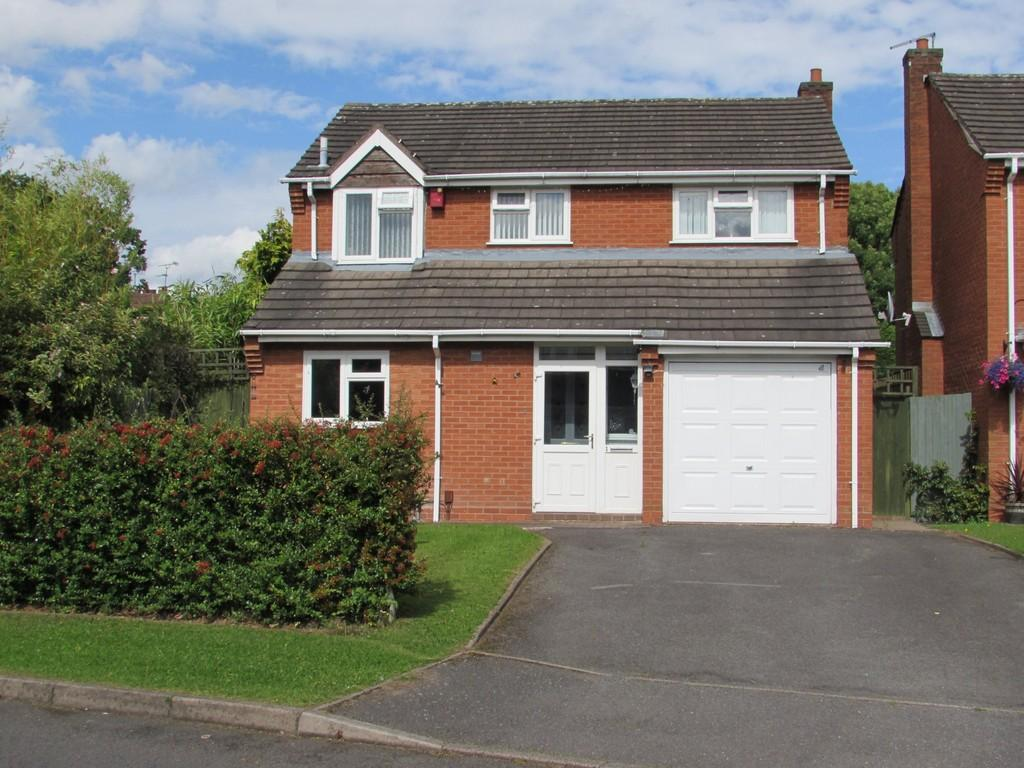 4 Bedrooms Detached House for sale in Friary Avenue, Shirley