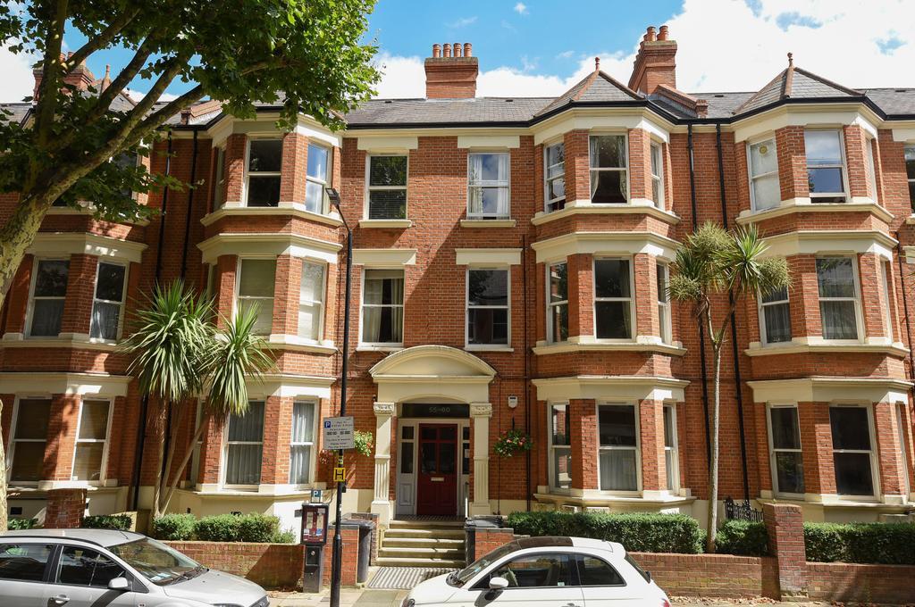 2 Bedrooms Flat for sale in Cranworth Gardens, SW9