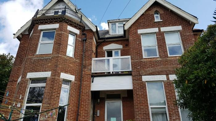 1 Bedroom Flat for sale in Knole Road , Boscombe