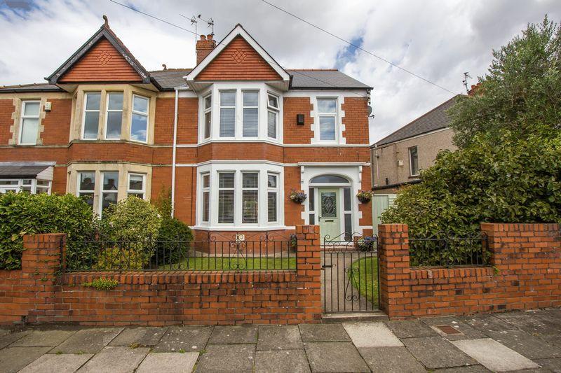 4 Bedrooms Semi Detached House for sale in Meliden Road, Penarth