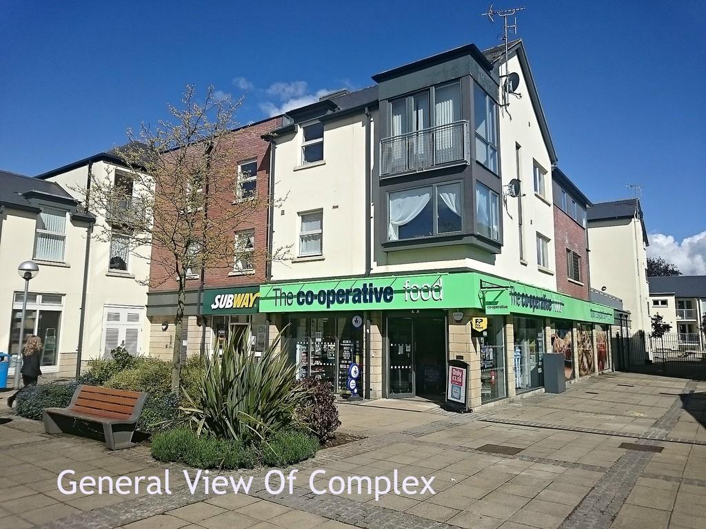 2 Bedrooms Flat for sale in Burgess Square, Brackley