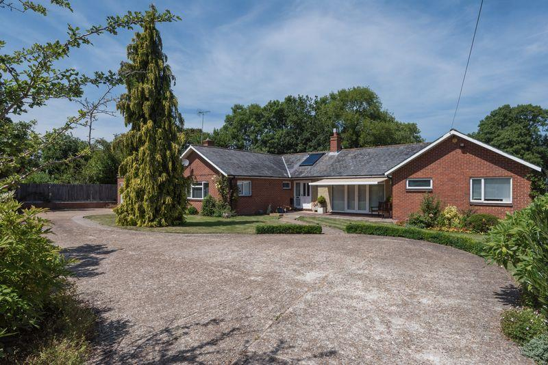 4 Bedrooms Detached Bungalow for sale in Lewes Road, Ditchling, East Sussex,