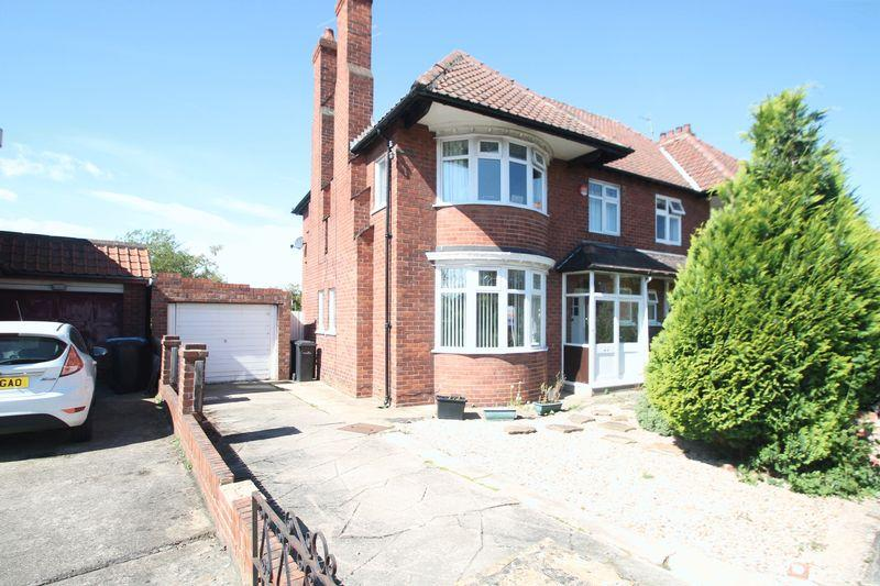4 Bedrooms Semi Detached House for sale in Stanhope Grove, Acklam