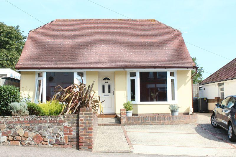 3 Bedrooms Bungalow for sale in Minster