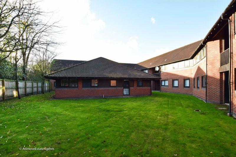 1 Bedroom Apartment Flat for sale in Hamnett Court, Warrington