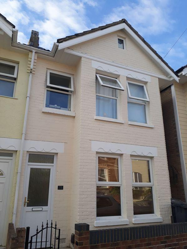 4 Bedrooms Semi Detached House for rent in Stourvale Road, Southbourne, Bournemouth