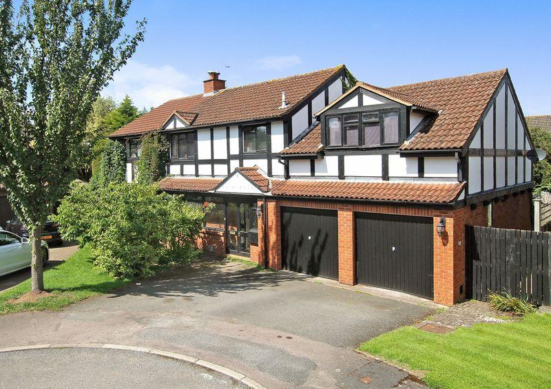 5 Bedrooms Detached House for sale in BARTESTREE